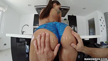 huge and lexxxi lockhart ass on tits Older women slow masturbation by clit fingering