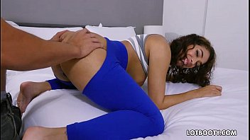quiere una pov hacer mamada kitty hd te Brother sex in kitchen4