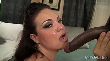 face in rub cum German lee titzia