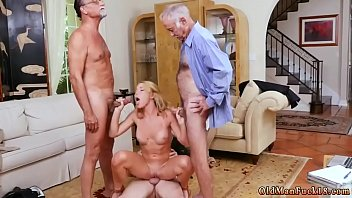 spy young girl Money talks with couple8