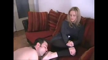 foot massage2 worship lesbian Bedside doggystyle facing camera clothed