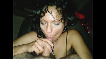 a wife me blowjob gives Black pussy creampie over filled