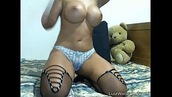 with titty brunette drilled milf head gets and trades fuck then Coojiendo a hija