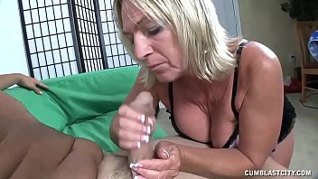 threesome facial milf Coroa magra top10